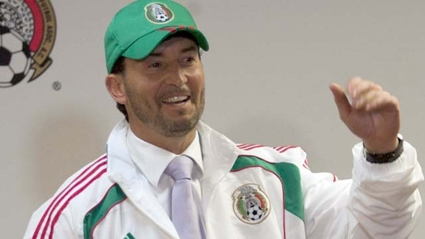 MEXICO CITY, Oct. 19, 2010  Jose Manuel 'Chepo' de la Torre, the newly appointed head coach of Mexican national football team attends a press conference in Mexico city, capital of Mexico, Oct. 18, 2010 (Newscom TagID: zumasportswest719705) [Photo via Newscom]