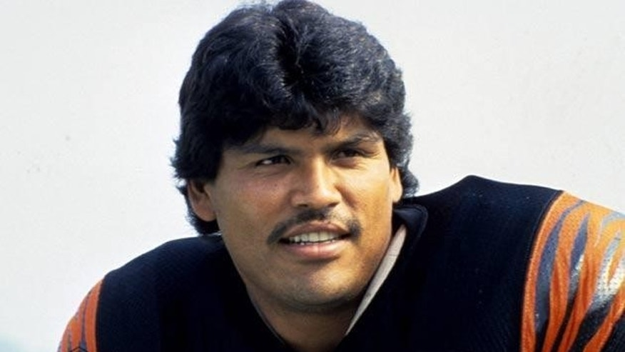 Pro Football Hall of Fame tackle Anthony Muñoz