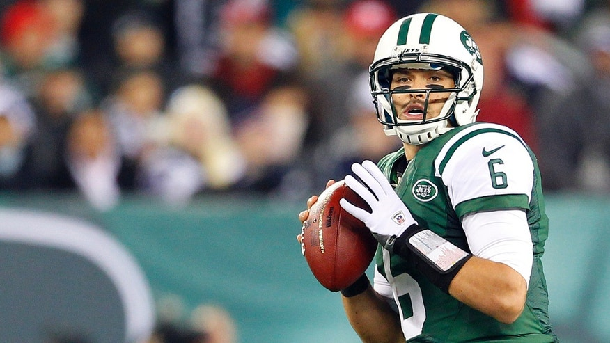 Quarterback Mark Sanchez #6 of the New York Jets (Photo by Rich Schultz /Getty Images)