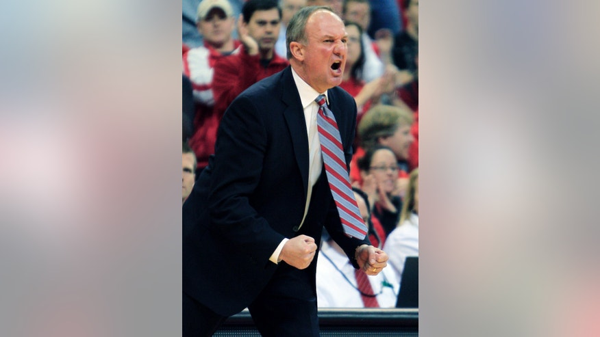 Ohio State head coach Thad Matta calls to his team during the second half of an NCAA college basketball game against Winthrop, Tuesday, Dec. 18, 2012, in Columbus, Ohio. Ohio State won 65-55. (AP Photo/Jay LaPrete)