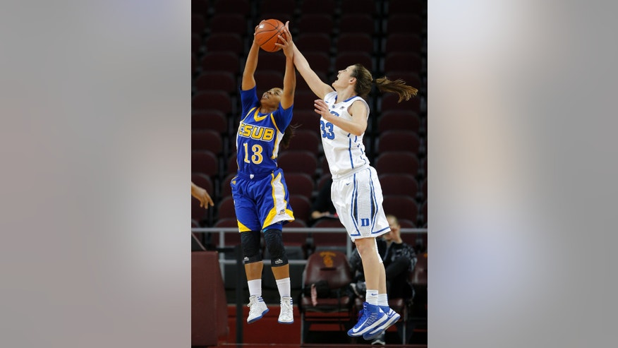 Duke's Haley Peters, right, and Cal State Bakersfield guard Dajy Vines fight for a rebound during the first half of an NCAA women's college basketball game in Los Angeles, Friday, Dec. 21, 2012. (AP Photo/Jae C. Hong)