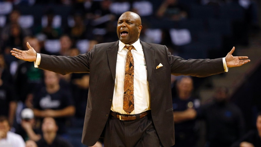 Florida State head coach Leonard Hamilton reacts to a call during the first half of an NCAA college basketball game against Charlotte, Saturday, Dec. 22, 2012, in Charlotte, N.C. (AP Photo/Chuck Burton)