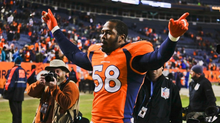 Denver Broncos outside linebacker Von Miller (58) celebrates at the end of an NFL football game against the Kansas City Chiefs, Sunday, Dec. 30, 2012, in Denver. Denver won 38-3. (AP Photo/Joe Mahoney)