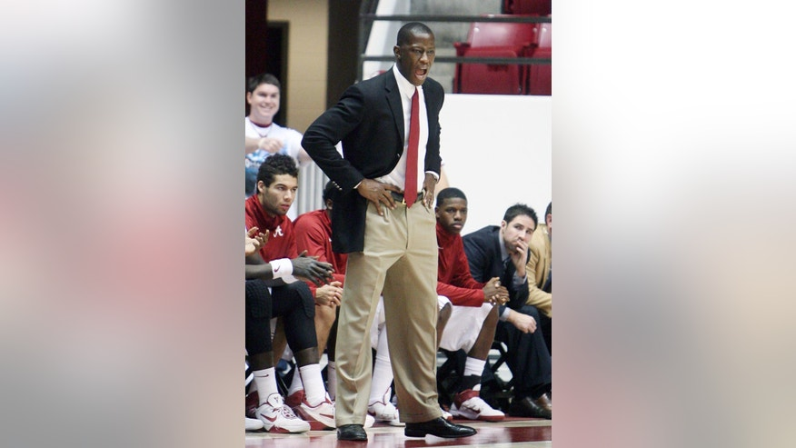 Alabama head coach Anthony Grant reacts during an NCAA college basketball game against Oakland at Coleman Coliseum in Tuscaloosa, Ala., Saturday, Jan. 5, 2013. (AP Photo/Tuscaloosa News, Michelle Lepianka Carter)