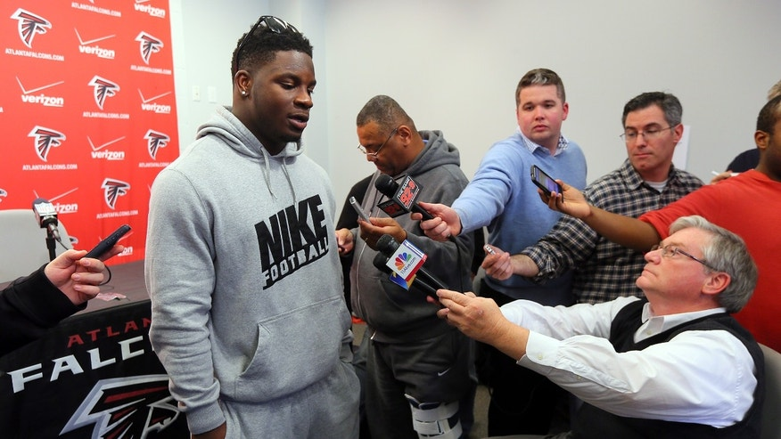 Atlanta Falcons linebacker Sean Weatherspoon meets with the media during a season ending press conference in Flowery Branch, Ga., Monday, Jan. 21, 2013. The Falcons were defeated 28-24 by the San Francisco 49ers in the NFC Championship game on Sunday. (AP Photo/Atlanta Journal-Constitution, Curtis Compton) MARIETTA DAILY OUT; GWINNETT DAILY POST OUT; LOCAL TV OUT; WXIA-TV OUT; WGCL-TV OUT