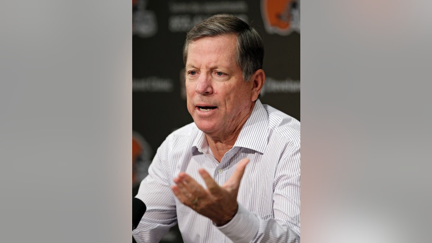 Cleveland Browns offensive coordinator Norv Turner answers questions during his introductory news conference at the NFL football team's practice facility in Berea, Ohio Wednesday, Jan. 23, 2013. Fired after six seasons as San Diego's coach, Turner is getting a fresh start for the Browns under new coach Rob Chudzkinski, who just three years ago was on Turner's staff with the Chargers. (AP Photo/Mark Duncan)
