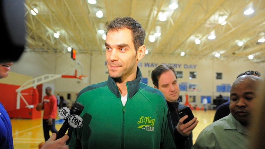 Detroit Pistons newes player Jose Calderon speaks with reporters during an NBA basketball news conference, Friday Feb. 1, 2013, in Auburn Hills., Mich. (AP Photo/Detroit News,  Steve Perez)  DETROIT FREE PRESS OUT; HUFFINGTON POST OUT