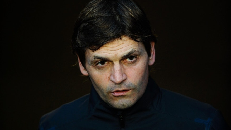 BARCELONA, SPAIN - MAY 02:  Coach Assistant Tito Vilanova of FC Barcelona looks on from the tunnel prior to the La Liga match between FC Barcelona and Malaga CF at Camp Nou Stadium on May 2, 2012 in Barcelona, Spain. Tito Vilanova will be the FC Barcelona head coach next season. FC Barcelona won 4-1.  (Photo by David Ramos/Getty Images)