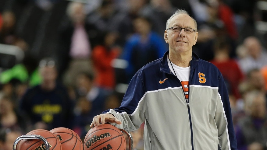 Syracuse head coach Jim Boeheim watches play during practice the NCAA Final Four tournament college basketball semifinal game against Michigan, Friday, April 5, 2013, in Atlanta. Syracuse plays Michigan in a semifinal game on Saturday. (AP Photo/John Bazemore)