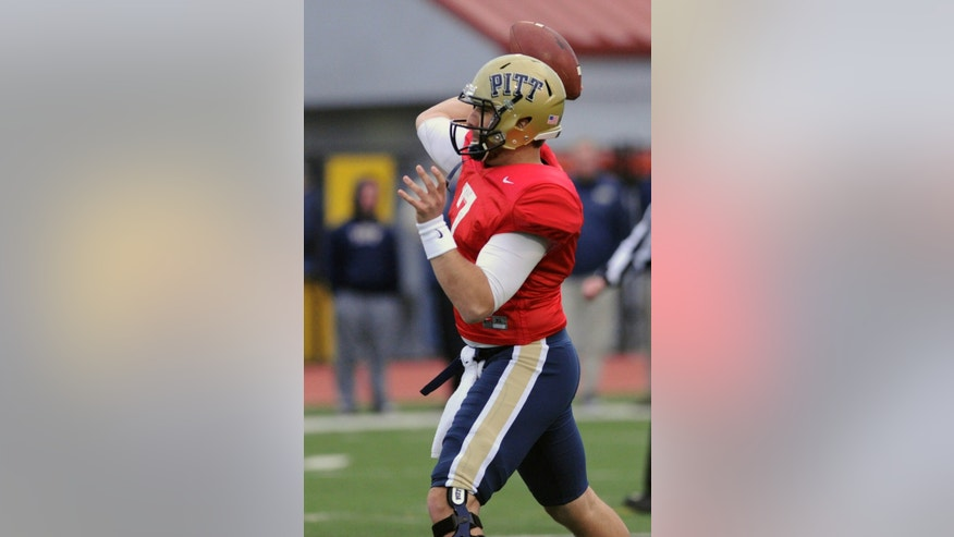 Pittsburgh quarterback Tom Savage throws the ball downfield during the Pittsburgh spring football game on Friday, April 12, 2013, in Bethel Park, Pa. (AP Photo/John Heller)