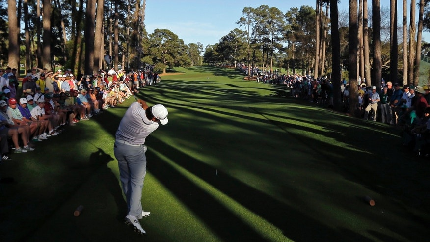 Jason Day, of Australia, tees off on the 17th hole during the third round of the Masters golf tournament Saturday, April 13, 2013, in Augusta, Ga. (AP Photo/Matt Slocum)