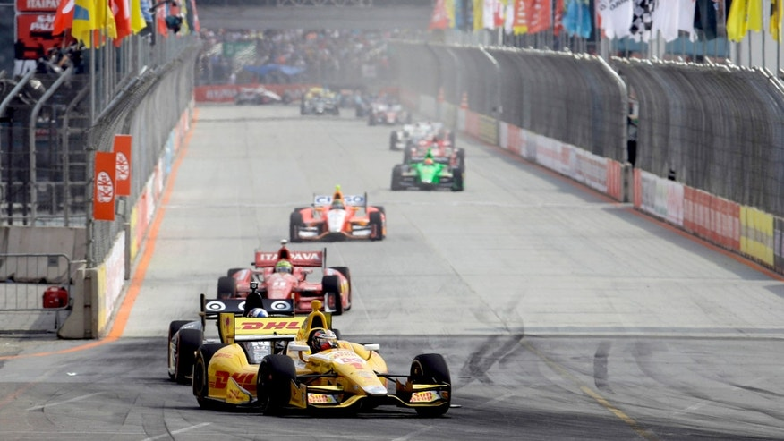 IndyCar driver Ryan Hunter Reay, of the US, leads the pack during the IndyCar Sao Paulo 300 in Sao Paulo, Brazil, Sunday, May 5, 2013. (AP Photo/Nelson Antoine)