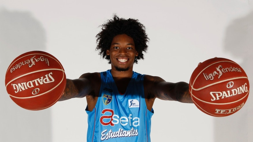 In this Sept. 11, 2012 photo released by Asefa Estudiantes, Estudiantes basketball player Lucas Nogueira of Brazil poses for a photo. Nogueira is a prospect in the NBA Draft, Thursday, June 27, 2013 in New York. (AP Photo/Enrique de la Fuente, Asefa Estudiantes)