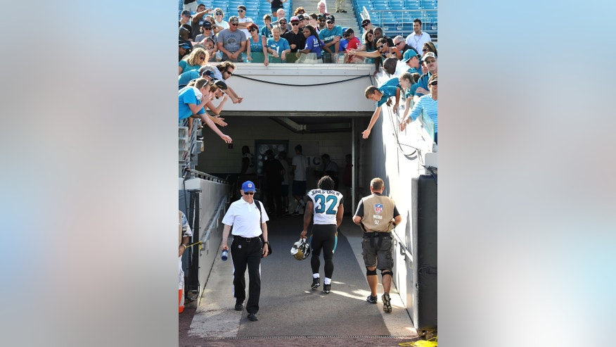 Jacksonville Jaguars' Maurice Jones-Drew leaves after a 37-3 loss to the Indianapolis Colts, Sunday, Sept. 29, 2013 in Jacksonville, Fla. (AP Photo/The Florida Times-Union, Bruce Lipsky )
