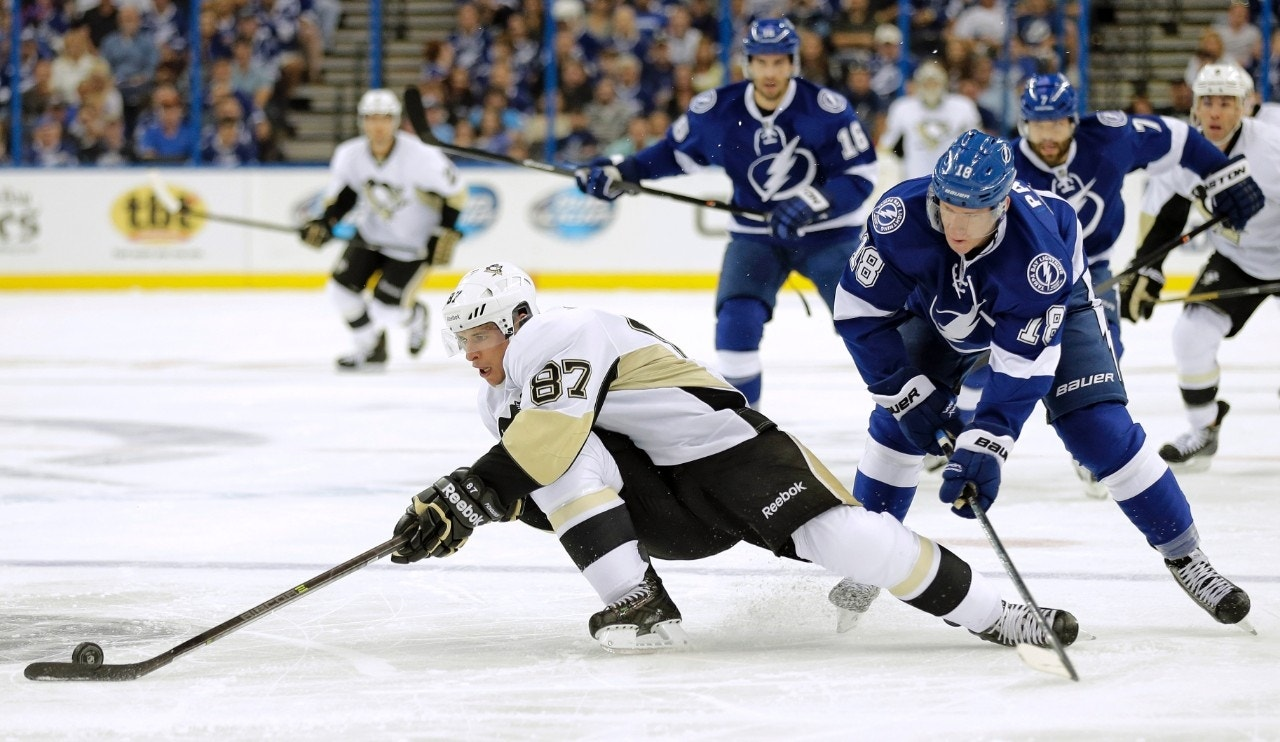Sidney Crosby Scores 3 Times As Pittsburgh Penguins Beat Tampa Bay Lightning