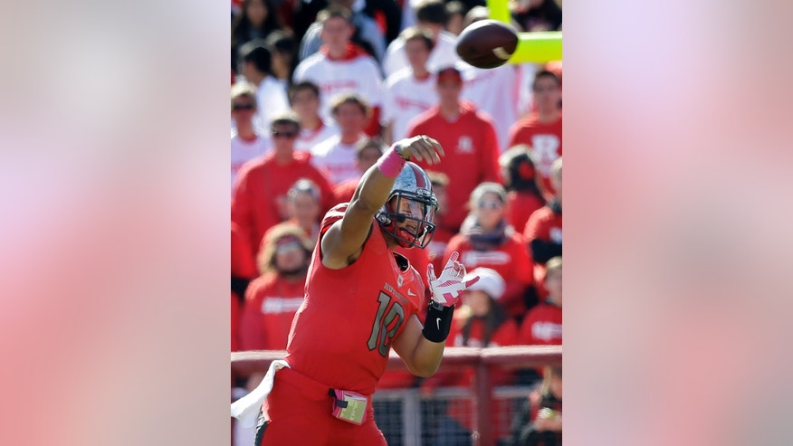 Rutgers quarterback Gary Nova (10) throws a pass during the first half of an NCAA college football game against Houston in Piscataway, N.J., Saturday, Oct. 26, 2013. Houston won 49-14. (AP Photo/Mel Evans)