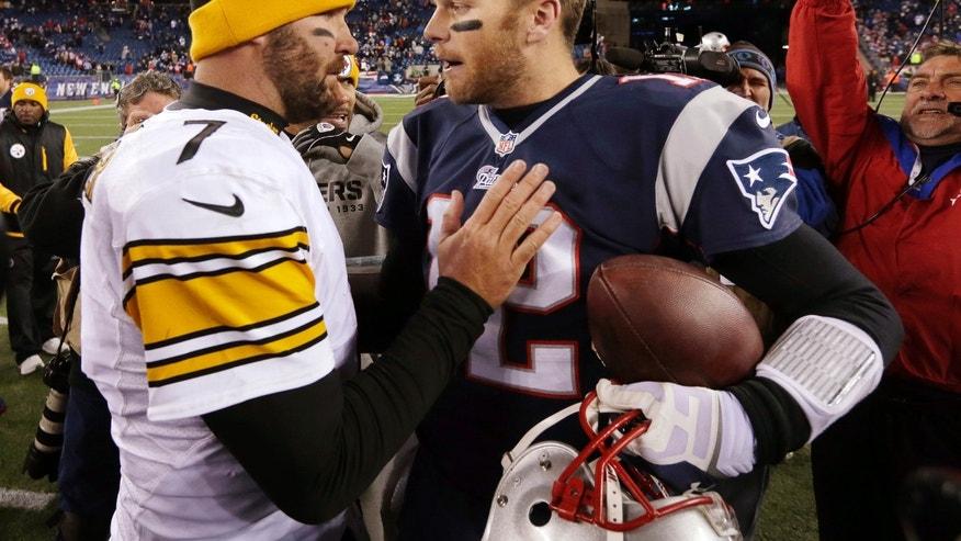 Pittsburgh Steelers quarterback Ben Roethlisberger, left, speaks to New England Patriots quarterback Tom Brady, right, after an NFL football game Sunday, Nov. 3, 2013, in Foxborough, Mass. The Patriots won 55-31. (AP Photo/Steven Senne)