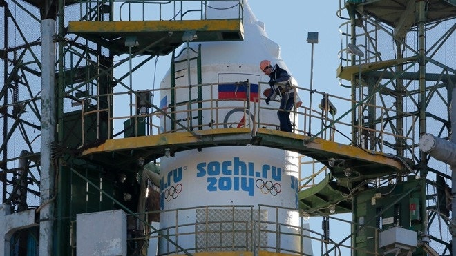 Russia sending Sochi Winter Olympics torch into space