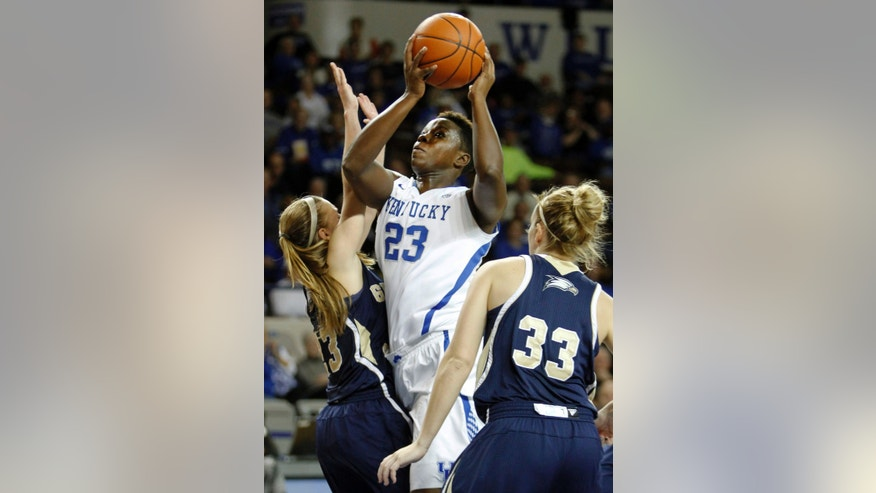 Kentucky's Samarie Walker shoots between Georgia Southern's MiMi DuBose (33) and Alexis Sams during the first half of an NCAA college basketball game, Wednesday, Nov. 13, 2013, in Lexington, Ky.  (AP Photo/James Crisp)