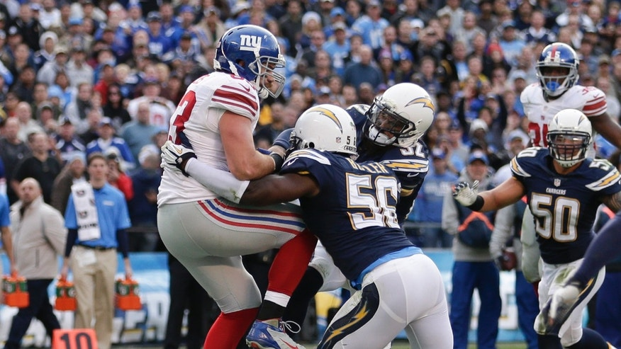 New York Giants tight end Brandon Myers pulls in a 5-yard touchdown pass against the San Diego Chargers during the second half of an NFL football game on Sunday, Dec. 8, 2013, in San Diego. (AP Photo/Gregory Bull)