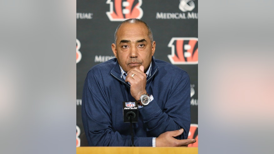 Cincinnati Bengals head coach Marvin Lewis answers questions at a news conference at the NFL football team's facility, Monday, Jan. 6, 2014, in Cincinnati. Cincinnati lost in the wild-card game for the third straight season Sunday. (AP Photo/Al Behrman)