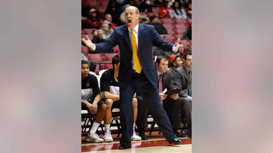 Vanderbilt Head Coach Kevin Stallings yells on the sideline during an NCAA college basketball game against Alabama, Tuesday, Jan. 7, 2014, in Tuscaloosa, Ala.  (AP Photo/The Tuscaloosa News, Michelle Lepianka Carter)