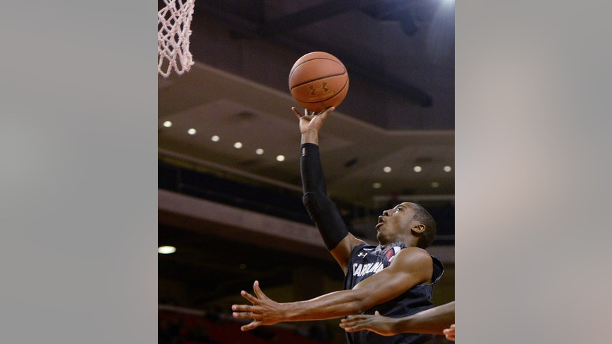 South Carolina guard Brenton Williams (1) shoots against Auburn, Wednesday, Feb. 26, 2014, during an NCAA college basketball game at Auburn Arena in Auburn, Ala. (AP Photo/The Birmingham News, Julie Bennett)