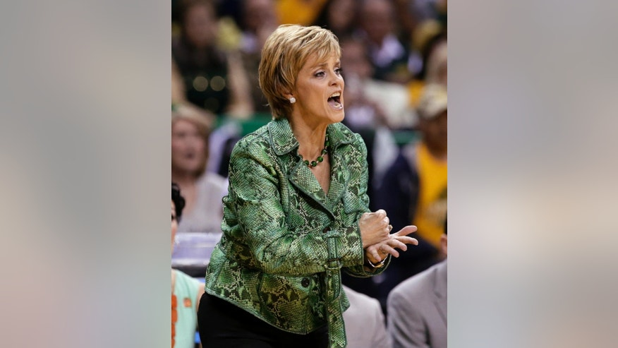 Baylor head coach Kim Mulkey instructs her team in the first half of a second-round game against California in the NCAA women's college basketball tournament, Monday, March 24, 2014, in Waco, Texas. (AP Photo/Tony Gutierrez)