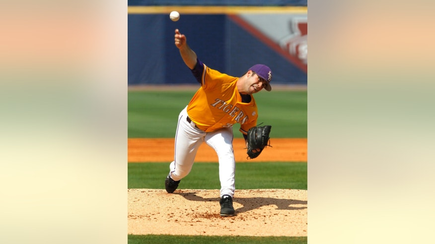 LSU's Alden Cartwright pitches against Florida during the first inning at the Southeastern Conference NCAA college baseball tournament on Sunday, May 25, 2014, in Hoover, Ala. (AP Photo/Butch Dill)