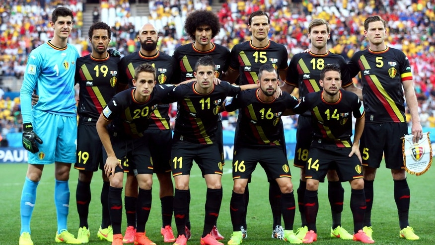 SAO PAULO, BRAZIL - JUNE 26:  Belgium players pose for a team photo during the 2014 FIFA World Cup Brazil Group H match between South Korea and Belgium at Arena de Sao Paulo on June 26, 2014 in Sao Paulo, Brazil.  (Photo by Clive Brunskill/Getty Images)
