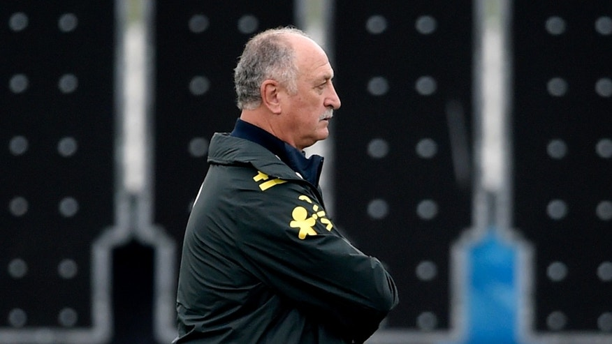 TERESOPOLIS, BRAZIL - JULY 10: Head coach Luiz Felipe Scolari looks on during a training session of the Brazilian national football team at the squad's Granja Comary training complex, on July 10, 2014 in Teresopolis, 90 km from downtown Rio de Janeiro, Brazil.  (Photo by Buda Mendes/Getty Images)