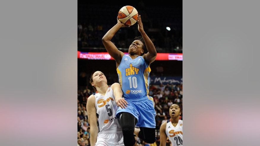 Chicago Sky's Epiphanny Prince shoots over Connecticut Sun's Kelsey Griffin during the second half of a WNBA basketball game, Tuesday, Aug. 5, 2014, in Uncasville, Conn. The Sky won 82-66. (AP Photo/Jessica Hill)