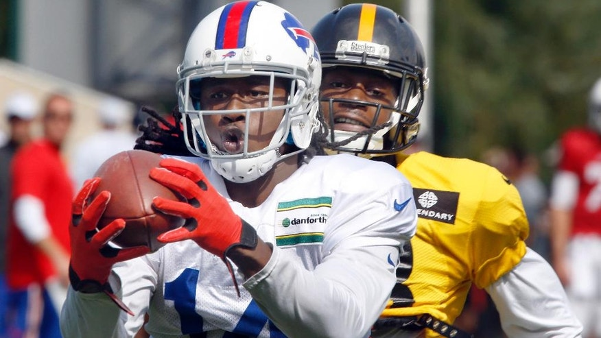 Buffalo Bills wide receiver Sammy Watkins, left, makes a catch past Pittsburgh Steelers cornerback Cortez Allen during a combined NFL football training camp session in Latrobe, Pa. on Wednesday, Aug. 13, 2014. (AP Photo/Keith Srakocic)