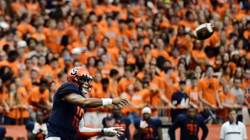 Syracuse quarterback Terrel Hunt throws a pass during their game against the Villanova at the Carrier Dome in Syracuse, N.Y., Friday, Aug. 29, 2014. Syracuse defeated Villanova, 27-26, in overtime. (AP/Heather Ainsworth)