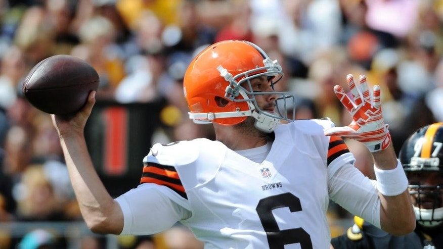 Cleveland Browns quarterback Brian Hoyer (6) passes in the first quarter of the NFL football game against the Pittsburgh Steelers on Sunday, Sept. 7, 2014 in Pittsburgh. (AP Photo/Don Wright)