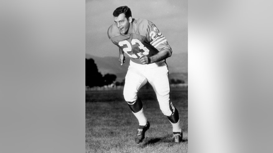 """This undated file photo provided by the Denver Broncos shows Austin """"Goose"""" Gonsoulin. Gonsoulin, the former Pro Bowl safety for the Broncos and a member of the team's Ring of Fame, died Monday, Sept. 8, 2014, in Beaumont, Texas. He was 76.  (AP Photo/Denver Broncos, File)"""