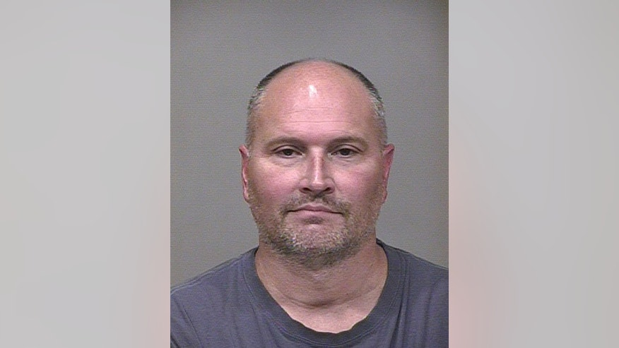 This undated photo provided by the Scottsdale (Ariz.) Police Dept. via The Arizona Republic shows Rex Chapman. Former NBA guard Rex Chapman has been arrested for allegedly shoplifting $14,000 worth of merchandise from an Apple store in Scottsdale and then selling the items at a pawn shop, Friday, Sept. 19, 2014. (AP Photo/Scottsdale (Ariz.) Police Dept. via The Arizona Republic) MARICOPA COUNTY OUT; MAGS OUT; NO SALES