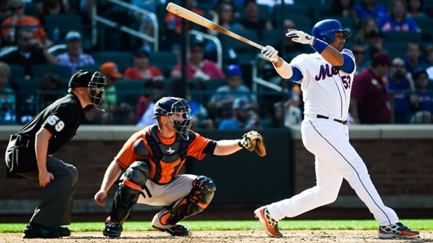 NEW YORK, NY - SEPTEMBER 28: Bobby Abreu #53 of the New York Mets singles in the fifth inning against the Houston Astros at Citi Field on September 28, 2014 in the Flushing neighborhood of the Queens borough of New York City.  (Photo by Alex Goodlett/Getty Images)