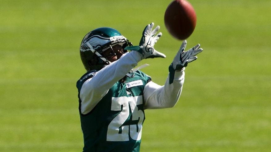 Philadelphia Eagles running back LeSean McCoy catches a pass during NFL football practice at the team's training facility, Tuesday, Sept. 30, 2014, in Philadelphia. (AP Photo/Matt Rourke)