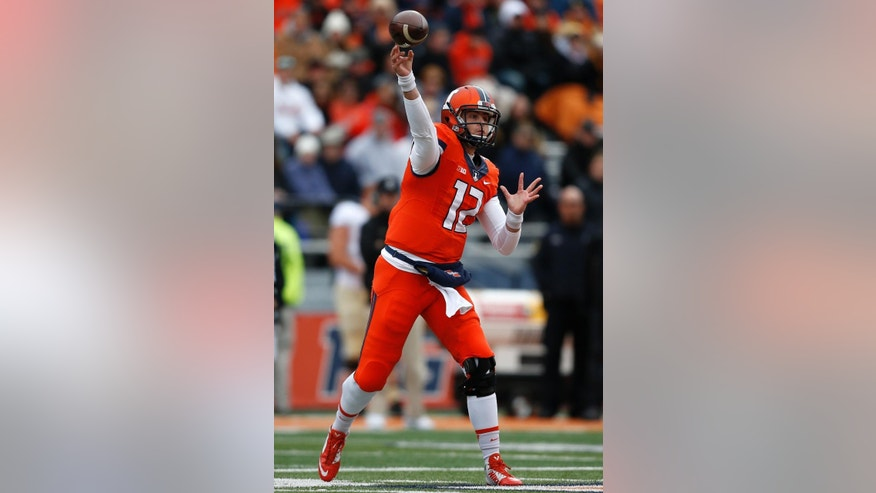 Illinois quarterback Wes Lunt throws against Purdue during the first half of an NCAA college football game on Saturday, Oct. 4, 2014, in Champaign, Ill. (AP Photo/Andrew A. Nelles)