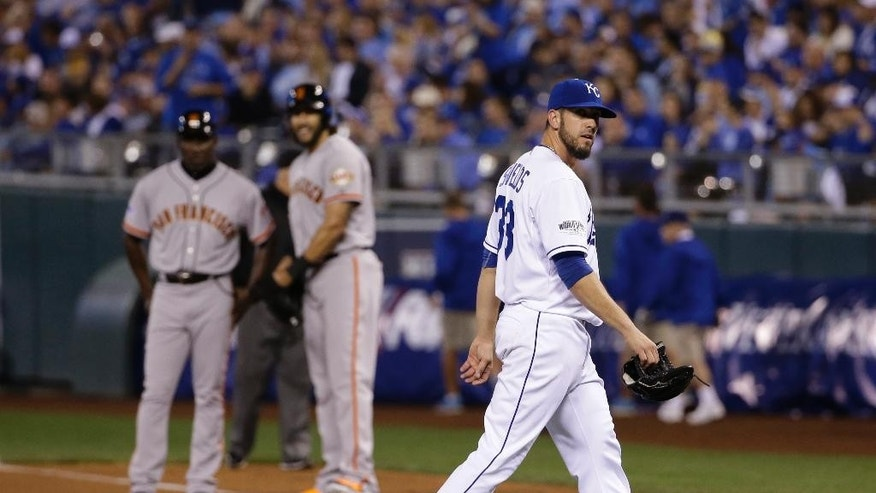 Kansas City Royals pitcher James Shields walks off the field after being relieved by Danny Duffy after giving four runs during the fourth inning of Game 1 of baseball's World Series Tuesday, Oct. 21, 2014, in Kansas City, Mo. (AP Photo/Matt Slocum )