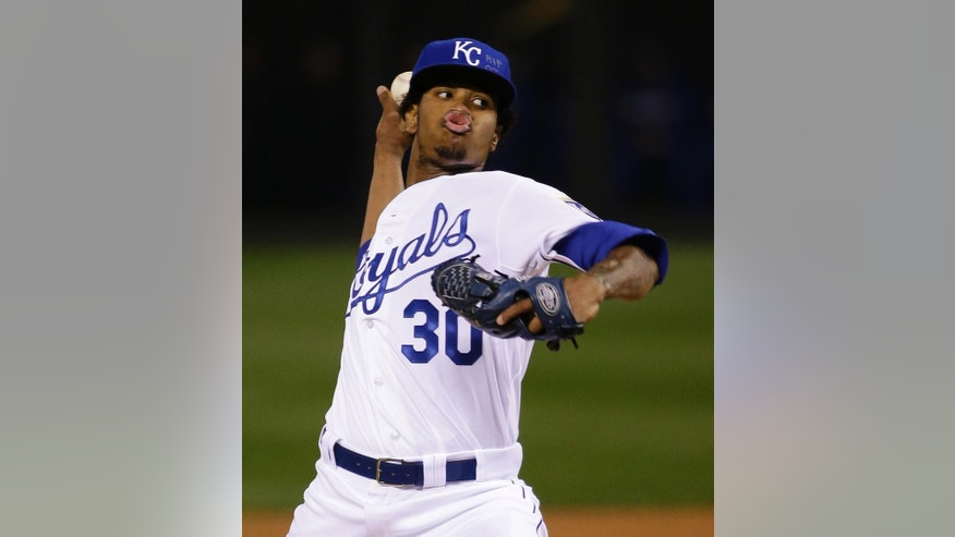 Kansas City Royals pitcher Yordano Ventura throws during the first inning of Game 6 of baseball's World Series against the San Francisco Giants Tuesday, Oct. 28, 2014, in Kansas City, Mo. (AP Photo/Matt Slocum)