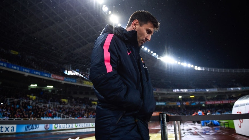 SAN SEBASTIAN, SPAIN - JANUARY 04:  Lionel Messi of FC Barcelona looks on prior to the La Liga match between Real Sociedad de Futbol and FC Barcelona at Estadio Anoeta on January 4, 2015 in San Sebastian, Spain.  (Photo by David Ramos/Getty Images)