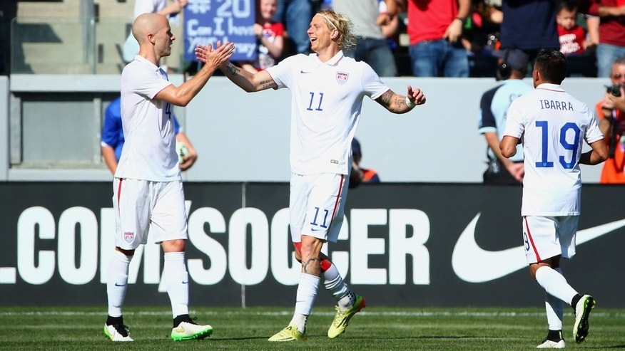 LOS ANGELES, CA - FEBRUARY 08:  Michael Bradley #4 and Brek Shea #11 of the USA celebrates Bradley's goal in the first half against Panama during the international men's friendly match at StubHub Center on February 8, 2015 in Los Angeles, California.  (Photo by Victor Decolongon/Getty Images)