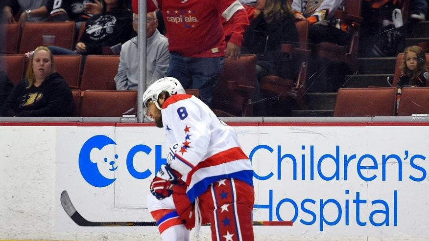 Washington Capitals left wing Alex Ovechkin, of Russia, celebrates after scoring a goal during the first period of an NHL hockey game against the Anaheim Ducks, Sunday, Feb. 15, 2015, in Anaheim, Calif. (AP Photo/Mark J. Terrill)