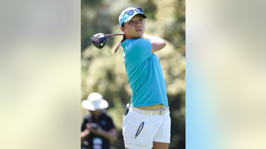 Lydia Ko, of New Zealand, hits her tee shot on the second hole during the final round of the LPGA Kia Classic golf tournament Sunday, March 29, 2015, in Carlsbad, Calif. (AP Photo/Denis Poroy)