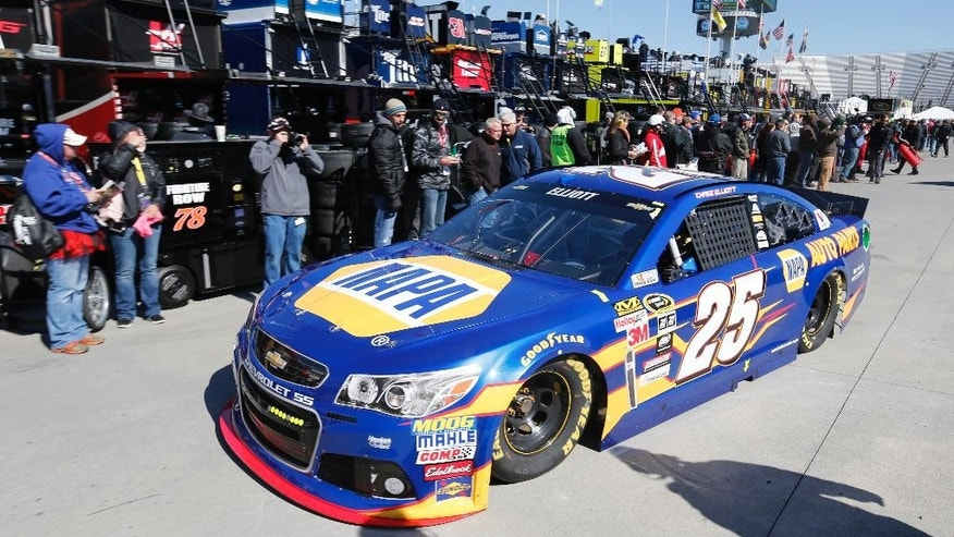 FILE - In this March 28, 2015, file photo, Sprint Cup driver Chase Elliott (25) heads to the track during practice for a NASCAR Sprint Cup race at the Martinsville Speedway in Martinsville, Va. Chase Elliott is bringing NAPA's sponsorship with him to the Sprint Cup Series. Hendrick Motorsports announced Wednesday, May 6, 2015,  that NAPA has signed a three-year deal to be the majority sponsor for Elliott, who will replace four-time NASCAR champion Jeff Gordon in the No. 24 Chevrolet next season. (AP Photo/Steve Helber, File)