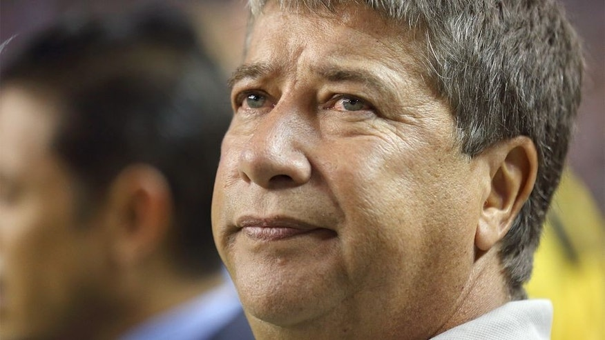 ATLANTA, GA - JULY 22: Hernan Gomez the head coach / manager of Panama during the Gold Cup Semi Final between Panama and Mexico at Georgia Dome on July 22, 2015 in Atlanta, Georgia. (Photo by Matthew Ashton - AMA/Getty Images)