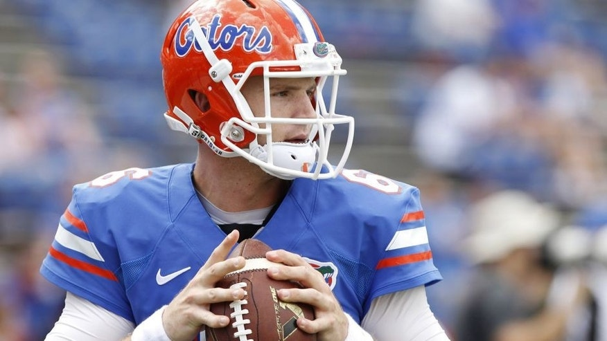 <p>Sep 21, 2013; Gainesville, FL, USA; Florida Gators quarterback Jeff Driskel (6) works out prior to the game against the Tennessee Volunteers at Ben Hill Griffin Stadium. Mandatory Credit: Kim Klement-USA TODAY Sports</p>