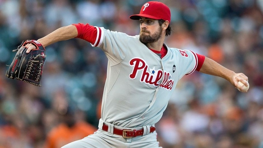 SAN FRANCISCO, CA - JULY 10: Cole Hamels #35 of the Philadelphia Phillies pitches against the San Francisco Giants during the first inning at AT&T Park on July 10, 2015 in San Francisco, California. (Photo by Jason O. Watson/Getty Images)